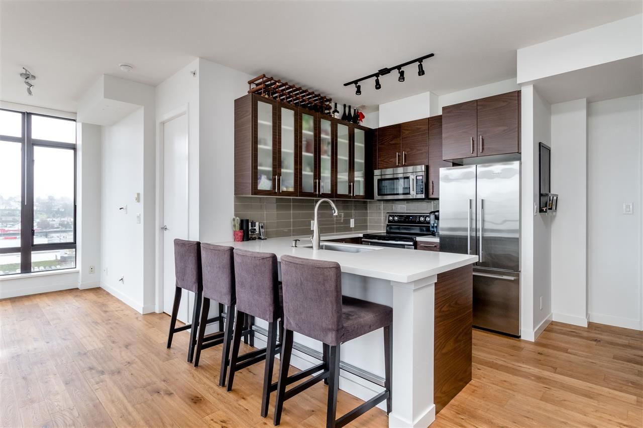 "Photo 4: Photos: 1504 2355 MADISON Avenue in Burnaby: Brentwood Park Condo for sale in ""OMA 1"" (Burnaby North)  : MLS®# R2423888"