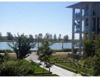 Photo 2: 215 4600 Westwater Dr in Richmond: Steveston South Townhouse for sale : MLS®# V554084