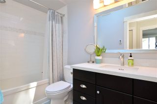 """Photo 15: 13231 AMBLE GREENE Place in Surrey: Crescent Bch Ocean Pk. House for sale in """"Amble Greene"""" (South Surrey White Rock)  : MLS®# R2185468"""