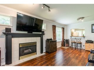 """Photo 10: 12 20761 TELEGRAPH Trail in Langley: Walnut Grove Townhouse for sale in """"Woodbridge"""" : MLS®# R2456523"""