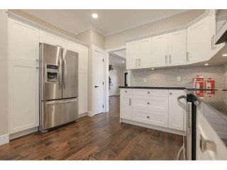 """Photo 7: 33 2688 150 Street in Surrey: Sunnyside Park Surrey Townhouse for sale in """"Westmoor"""" (South Surrey White Rock)  : MLS®# F1449196"""