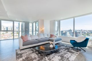 """Photo 3: 2205 388 DRAKE Street in Vancouver: Yaletown Condo for sale in """"Governor's Tower"""" (Vancouver West)  : MLS®# R2619698"""