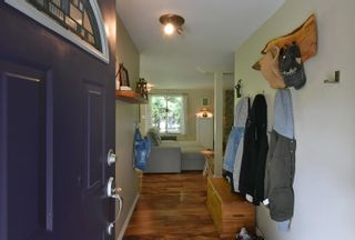 Photo 3: 93 CHADWICK Road in Gibsons: Gibsons & Area House for sale (Sunshine Coast)  : MLS®# R2594709