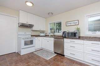 Photo 13: 10306 Gabriola Pl in Sidney: Si Sidney North-East House for sale : MLS®# 869552