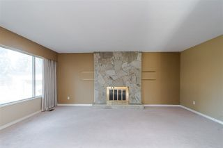 """Photo 4: 10520 SUNVIEW Place in Delta: Nordel House for sale in """"SUNBURY / DELSOM"""" (N. Delta)  : MLS®# R2442762"""