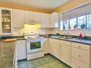 Photo 8: 5327 HALLEY Avenue in Burnaby: Central Park BS 1/2 Duplex for sale (Burnaby South)  : MLS®# V1093560