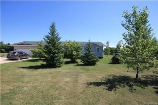 Photo 2: 16 Candace Drive in Lorette: R05 Residential for sale : MLS®# 1721358
