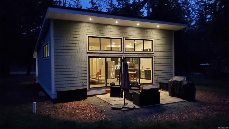 FEATURED LISTING: 4857 Pirates Rd Pender Island