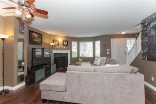 """Photo 5: 41 15450 101A Avenue in Surrey: Guildford Townhouse for sale in """"CANTERBURY"""" (North Surrey)  : MLS®# R2149046"""