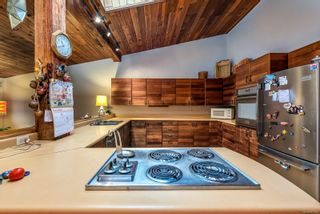 Photo 17: 889 Acacia Rd in : CV Comox Peninsula House for sale (Comox Valley)  : MLS®# 861263