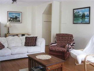 Photo 4: 1052 E 10TH Avenue in Vancouver: Mount Pleasant VE 1/2 Duplex for sale (Vancouver East)  : MLS®# V1129258