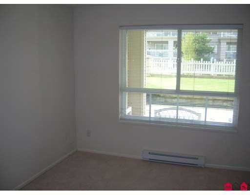 """Photo 4: Photos: 19750 64TH Ave in Langley: Willoughby Heights Condo for sale in """"THE DAVENPORT"""" : MLS®# F2708887"""