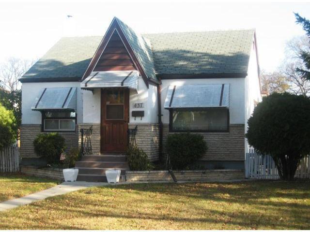 Main Photo: 437 Rupertsland Avenue in WINNIPEG: West Kildonan / Garden City Residential for sale (North West Winnipeg)  : MLS®# 1221392