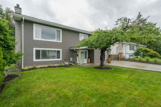 Photo 3: 2170 MOSS Court in Abbotsford: Abbotsford East House for sale : MLS®# R2470051
