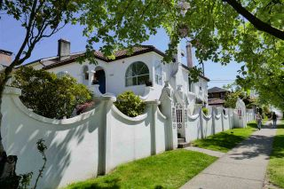Photo 2: 2606 E 5TH Avenue in Vancouver: Renfrew VE House for sale (Vancouver East)  : MLS®# R2364988