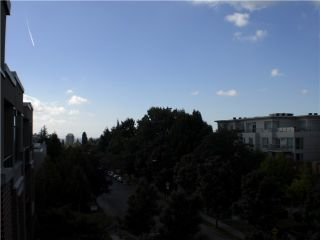"""Photo 7: 407 588 W 45TH Avenue in Vancouver: Oakridge VW Condo for sale in """"THE HEMMINGWAY"""" (Vancouver West)  : MLS®# V970203"""