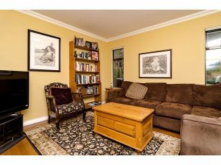 """Photo 3: 12526 OCEAN FOREST Place in Surrey: Crescent Bch Ocean Pk. House for sale in """"OCEAN CLIFF"""" (South Surrey White Rock)  : MLS®# F1305587"""