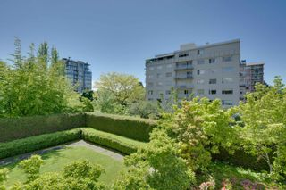 """Photo 32: 202 5850 BALSAM Street in Vancouver: Kerrisdale Condo for sale in """"THE CLARIDGE"""" (Vancouver West)  : MLS®# R2603939"""