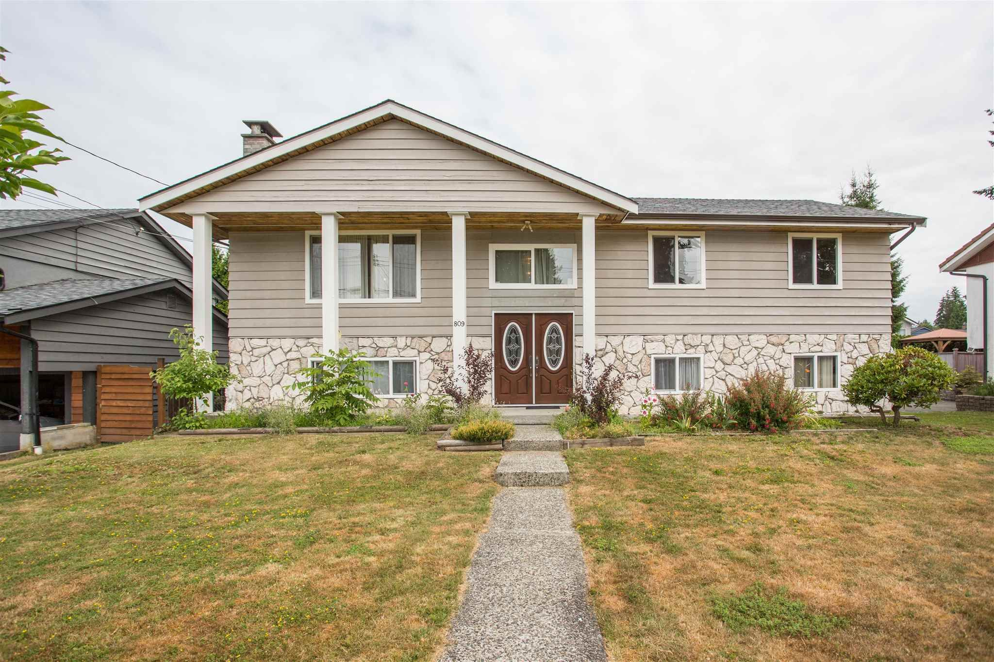 Main Photo: 809 RUNNYMEDE Avenue in Coquitlam: Coquitlam West House for sale : MLS®# R2600920