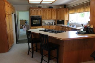"""Photo 8: 2974 208 Street in Langley: Brookswood Langley House for sale in """"Brookswood Fernridge"""" : MLS®# R2090496"""
