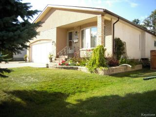 Photo 1: 12 The Bridle Path in WINNIPEG: Charleswood Residential for sale (South Winnipeg)  : MLS®# 1320158
