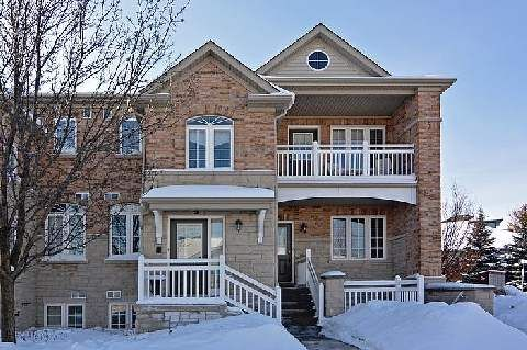 Main Photo: 3 520 Silken Laumann Drive in Newmarket: Stonehaven-Wyndham Condo for sale : MLS®# N2830648
