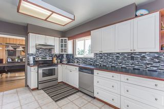 Photo 4: 16606 78 ave in Surrey: Fleetwood Tynehead House for sale : MLS®# R2201041