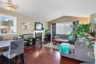 Photo 3: 2557 Jeanine Dr in : La Mill Hill House for sale (Langford)  : MLS®# 865454