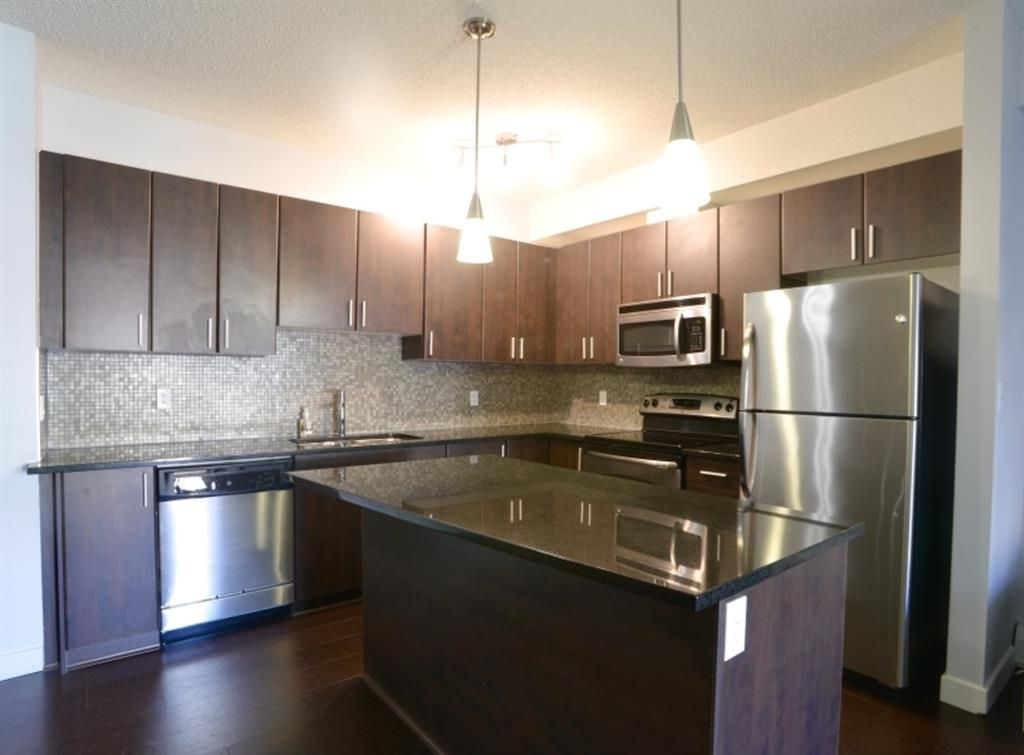 Main Photo: 334 11 MILLRISE Drive SW in Calgary: Millrise Apartment for sale : MLS®# A1109954