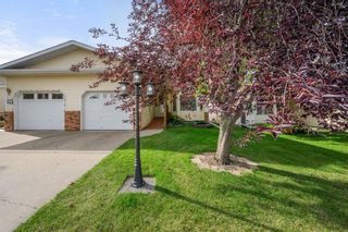 Photo 1: 5511 Silverthorn Road: Olds Semi Detached for sale : MLS®# A1142683