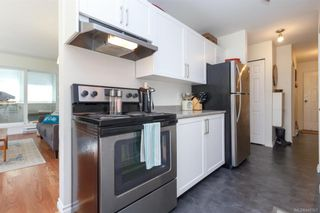 Photo 8: 110 2529 Wark St in : Vi Hillside Condo for sale (Victoria)  : MLS®# 845367