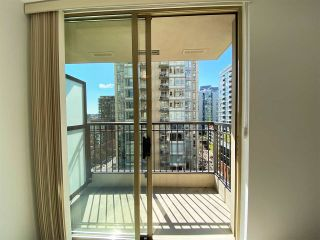 """Photo 11: 1001 989 RICHARDS Street in Vancouver: Downtown VW Condo for sale in """"Mondrian One"""" (Vancouver West)  : MLS®# R2585997"""