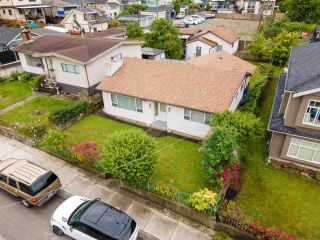 Main Photo: 2660 E 26TH Avenue in Vancouver: Renfrew Heights House for sale (Vancouver East)  : MLS®# R2593401