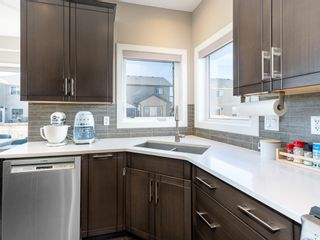 Photo 5: 39 Rainbow Falls Boulevard: Chestermere Detached for sale : MLS®# A1080652