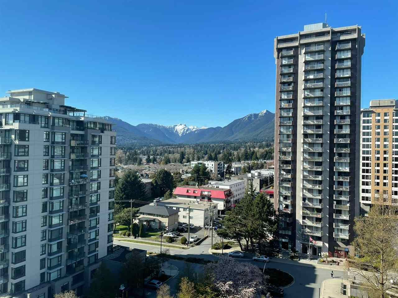 """Main Photo: 1202 158 W 13TH Street in North Vancouver: Central Lonsdale Condo for sale in """"Vista Place"""" : MLS®# R2588357"""