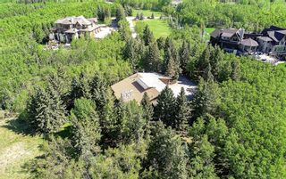 Photo 2: 75 Anatapi Lane SW in Calgary: Springbank Hill Detached for sale : MLS®# A1099057