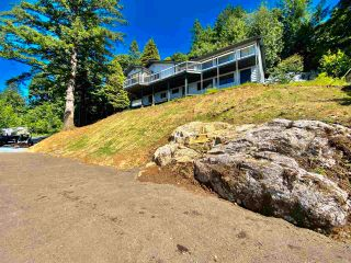 Photo 4: 43015 OLD ORCHARD Road in Chilliwack: Chilliwack Mountain House for sale : MLS®# R2592142
