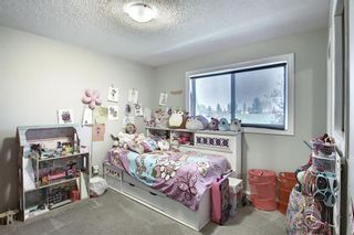 Photo 25: 2115 24 Avenue NE in Calgary: Vista Heights Detached for sale : MLS®# A1018217