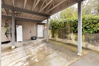 """Photo 2: 287 BALMORAL Place in Port Moody: North Shore Pt Moody Townhouse for sale in """"BALMORAL PLACE"""" : MLS®# R2538188"""