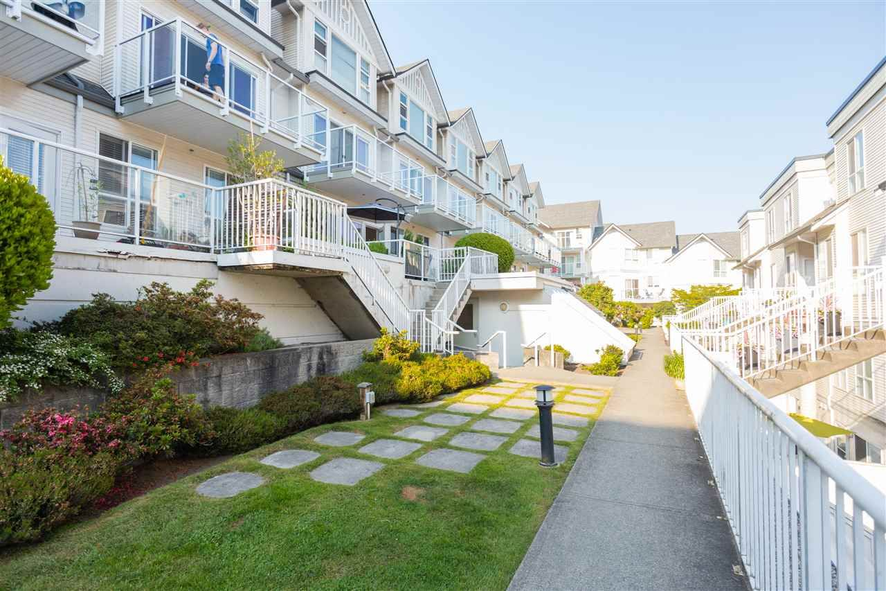 Main Photo: 47 2728 CHANDLERY PLACE in : South Marine Townhouse for sale : MLS®# R2375456