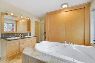 Photo 14: 11215 54 Avenue in Edmonton: Zone 15 House for sale : MLS®# E4253376