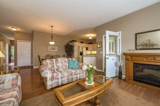 Photo 8: 34 1555 HIGHBURY Avenue in London: East A Residential for sale (East)  : MLS®# 40138511