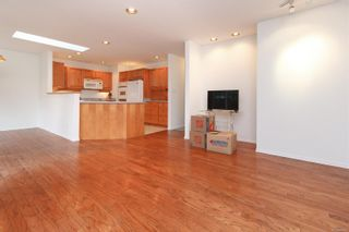 Photo 5: 1641 Kenmore Rd in : SE Lambrick Park Half Duplex for sale (Saanich East)  : MLS®# 865465