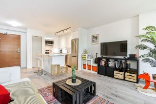 "Photo 2: 310 161 W GEORGIA Street in Vancouver: Downtown VW Condo for sale in ""COSMO"" (Vancouver West)  : MLS®# R2503514"