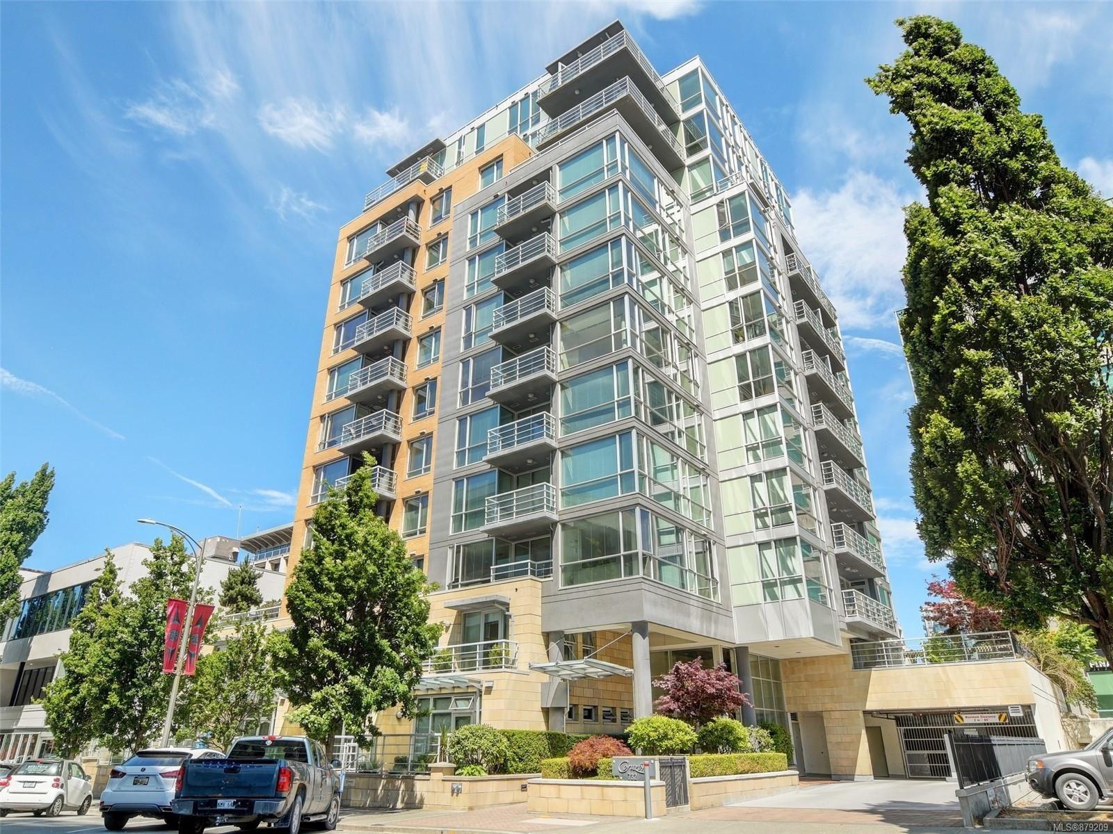 Main Photo: 606 732 Cormorant St in : Vi Downtown Condo for sale (Victoria)  : MLS®# 879209
