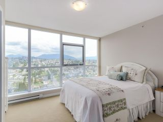 """Photo 14: 2804 2225 HOLDOM Avenue in Burnaby: Central BN Condo for sale in """"LEGACY TOWER 1"""" (Burnaby North)  : MLS®# R2071147"""