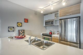 """Photo 3: 2109 9981 WHALLEY Boulevard in Surrey: Whalley Condo for sale in """"PARK PLACE 2"""" (North Surrey)  : MLS®# R2437673"""