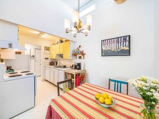"""Photo 8: 412 2333 TRIUMPH Street in Vancouver: Hastings Condo for sale in """"LANDMARK MONTEREY"""" (Vancouver East)  : MLS®# R2582065"""