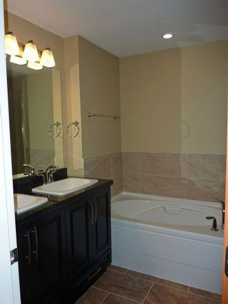 "Photo 15: 216 11887 BURNETT Street in Maple Ridge: East Central Condo for sale in ""WELLINGTON STATION"" : MLS®# R2119393"