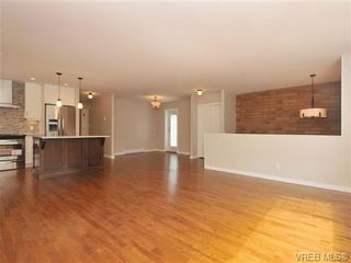 Photo 3: 970 Haslam Ave in VICTORIA: La Glen Lake House for sale (Langford)  : MLS®# 679799